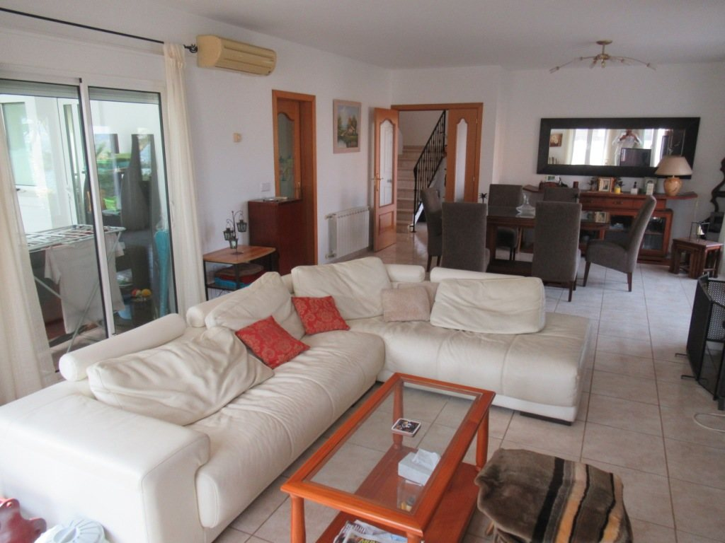 VP49 Villa For sale in Gata residencial with 3 bedrooms and pool - Property Photo 11