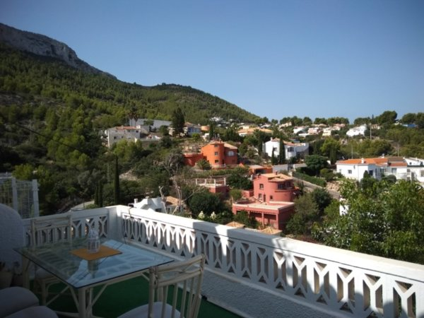 B3 Terraced house for sale in Denia with 2 bedrooms and private garden, Alicante, Spain - Photo