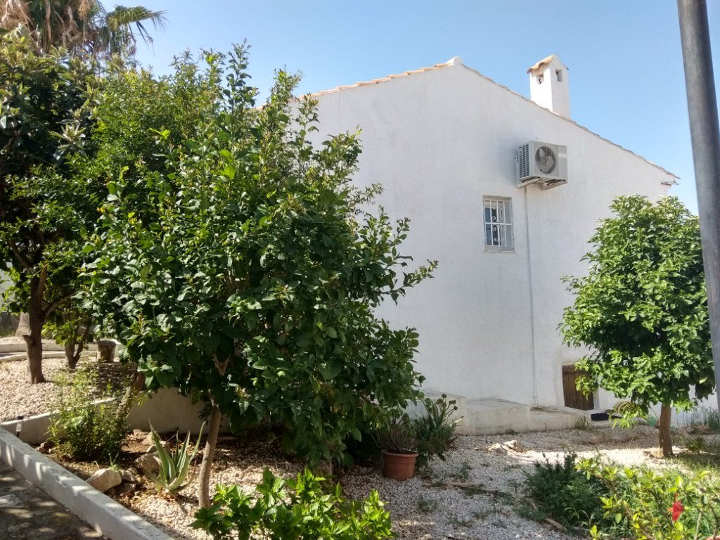 B3 Terraced house for sale in Denia with 2 bedrooms and private garden, Alicante, Spain - Property Photo 3