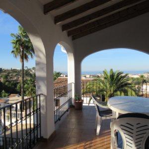 V27 Chalet en venta con vistas al mar en Denia, Alicante, España
