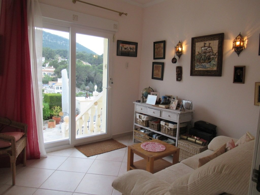 VP24 Villa for sale in Denia (Spain) with pool, sea and mountain views - Property Photo 17