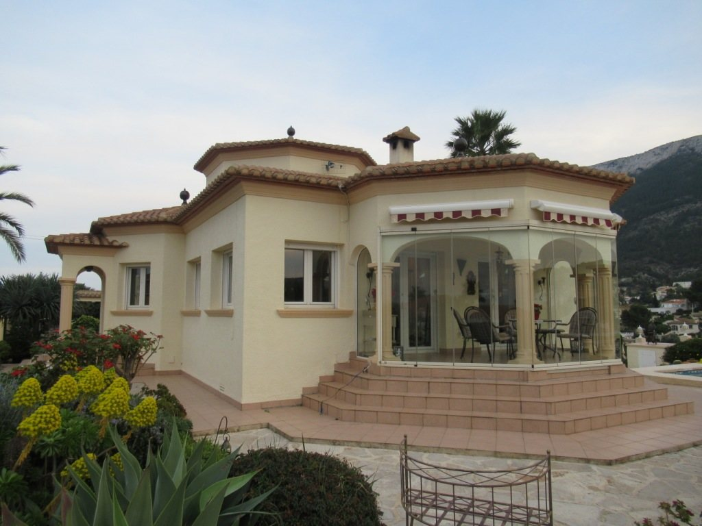 VP24 Villa for sale in Denia (Spain) with pool, sea and mountain views - Property Photo 6