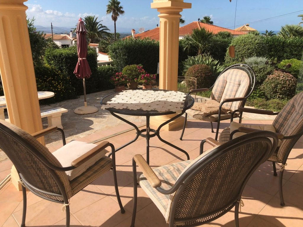 VP24 Villa for sale in Denia (Spain) with pool, sea and mountain views - Property Photo 9