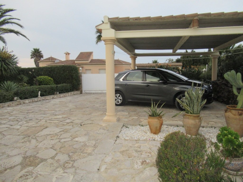 VP24 Villa for sale in Denia (Spain) with pool, sea and mountain views - Property Photo 26