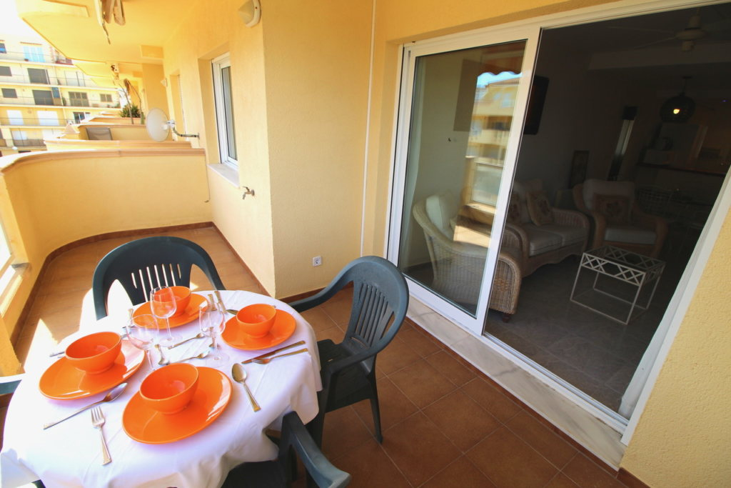A30 Apartment for sale in Denia on first line beach with sea views - Property Photo 3