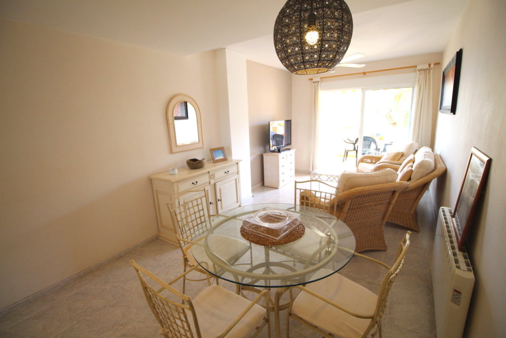 A30 Apartment for sale in Denia on first line beach with sea views - Property Photo 8