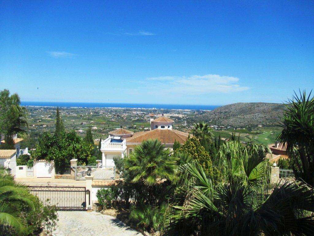 VP52 Chalet en venta en La Sella Golf con vistas panorámicas al mar en Alicante - Foto Propiedad 10