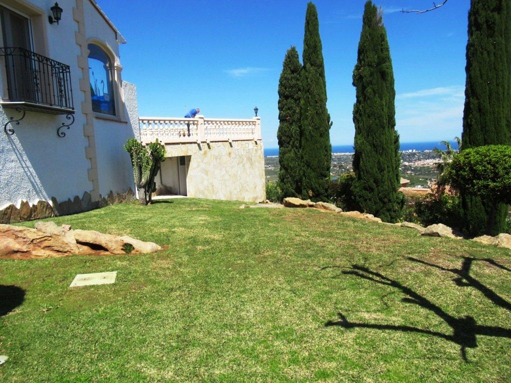 VP52 Chalet en venta en La Sella Golf con vistas panorámicas al mar en Alicante - Foto Propiedad 14
