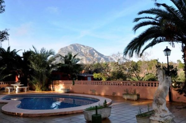 VP53 Rustic Villa for sale with views of the mountain in Javea, alicante, Spain - Photo