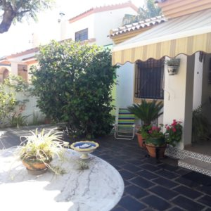 B08 Townhouse for sale with 3 bedrooms close to the beach in Las Marinas, Denia