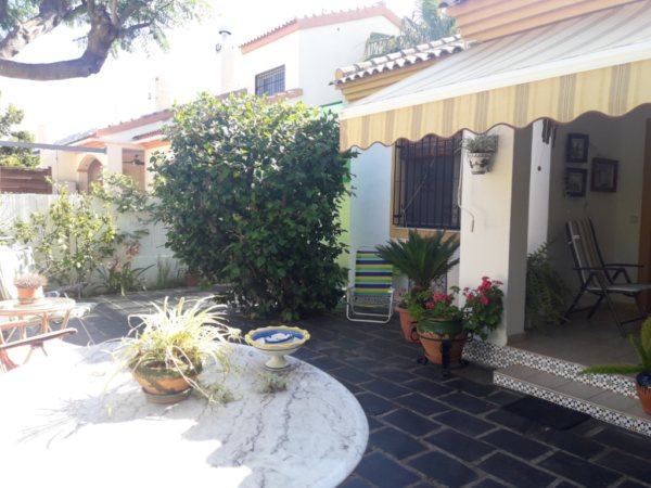 B08 Townhouse for sale with 3 bedrooms close to the beach in Las Marinas, Denia - Photo