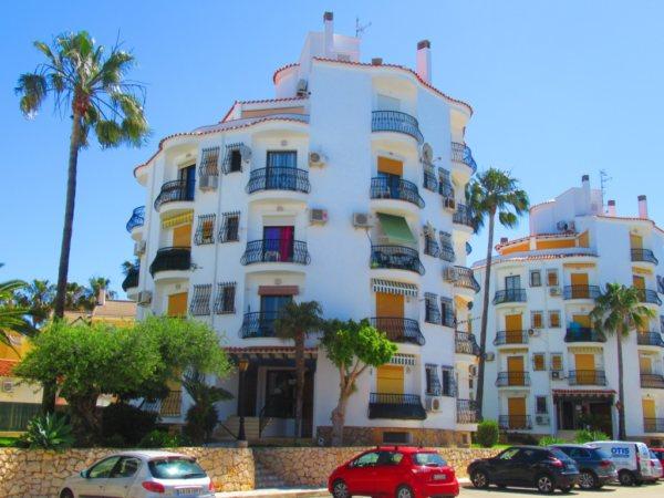 A9 Apartment for sale in Denia near the beach of Las Marinas, Spain - Photo