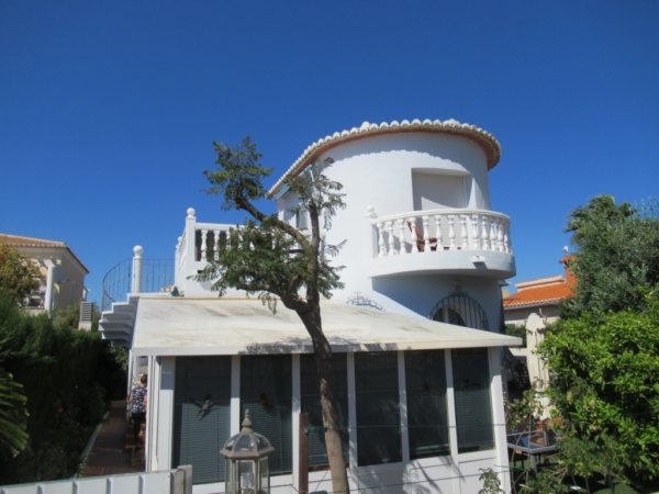 V17 Villa for sale close to Denia with 3 bedrooms - Photo
