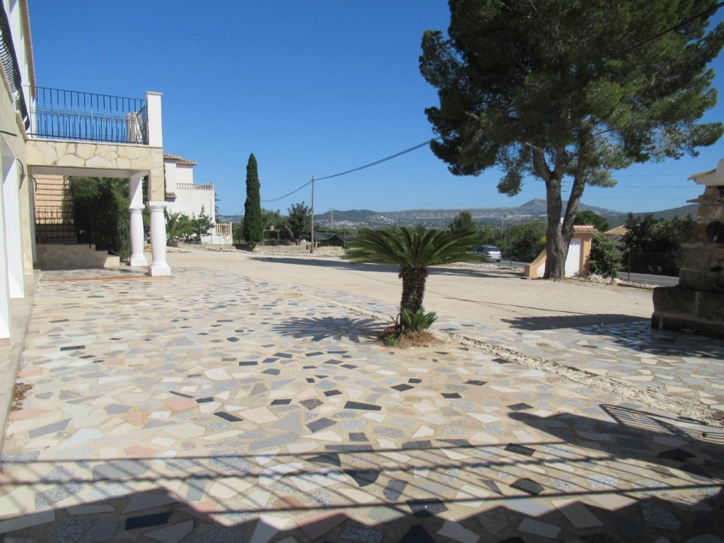 VP34 Business Villa for sale in Alicante, Spain - Property Photo 2