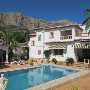 VP58 Villa for sale in Javea with mountain views in alicante, Spain