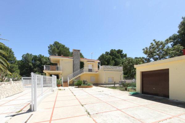 X-617-DE Villa in Dénia with 7 Bedrooms - Photo