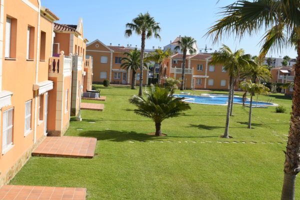X-6795 Apartment in Oliva with 2 Bedrooms - Photo