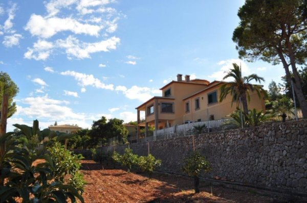X-D3056 Villa in Pedreguer with 6 Bedrooms - Photo
