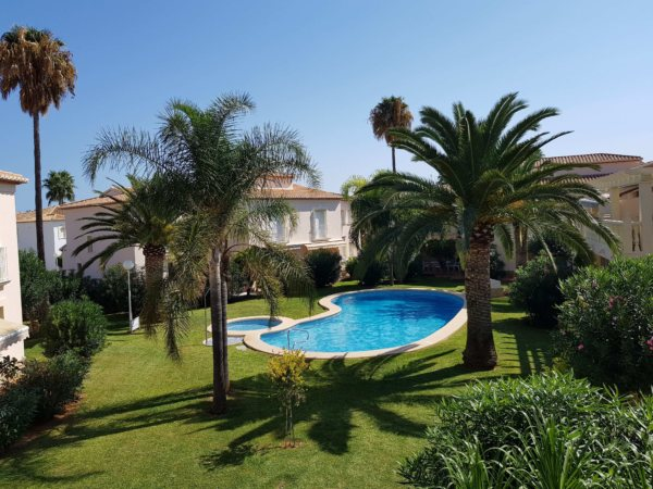 X-D551 Townhouse in Dénia with 2 Bedrooms - Photo