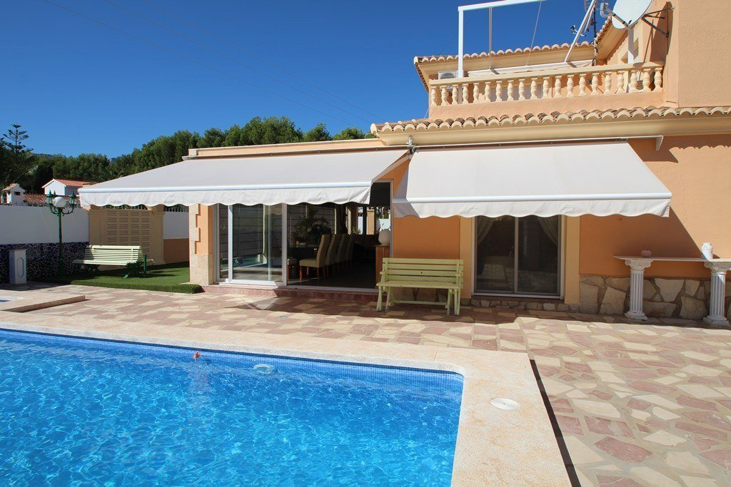X-8851 Villa in Els Poblets with 4 Bedrooms - Property Photo 2