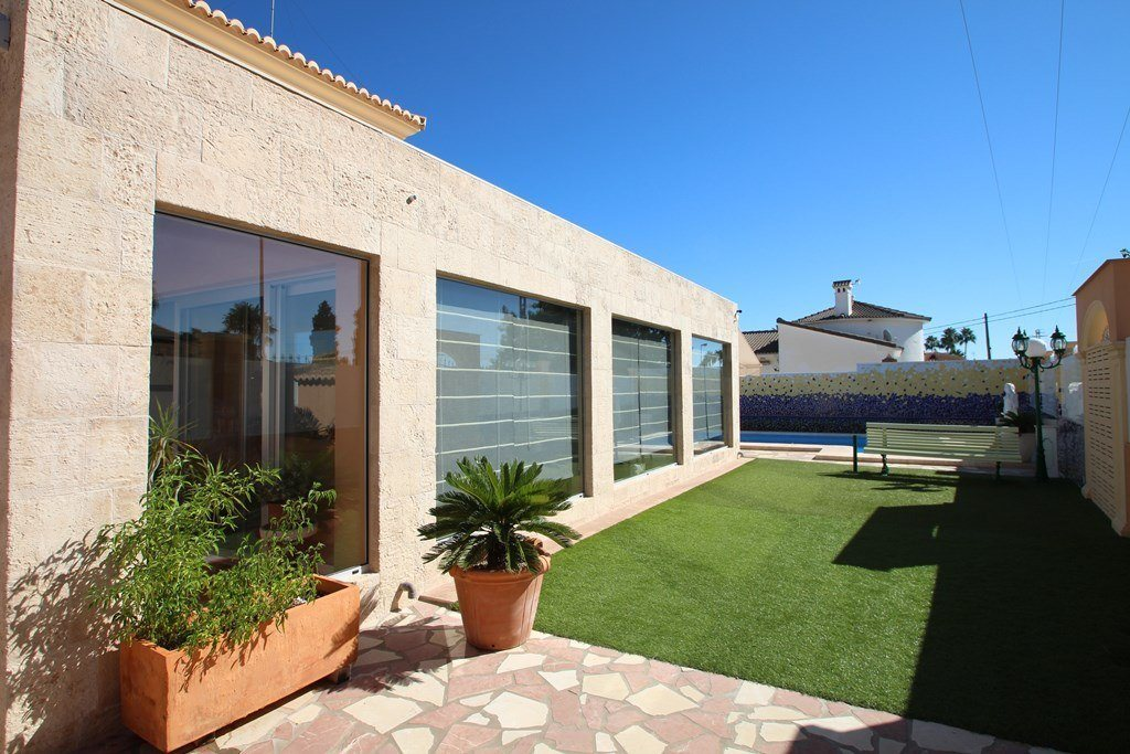 X-8851 Villa in Els Poblets with 4 Bedrooms - Property Photo 6