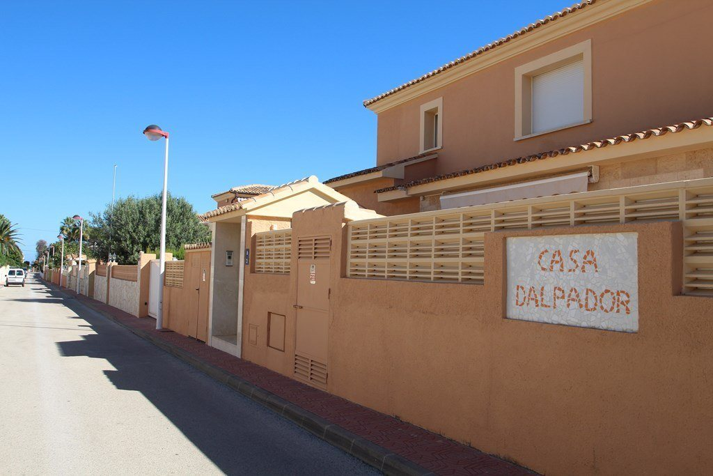 X-8851 Villa in Els Poblets with 4 Bedrooms - Property Photo 26
