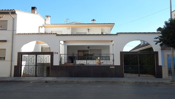 X-CHAJRP Villa in Pego with 4 Bedrooms - Photo