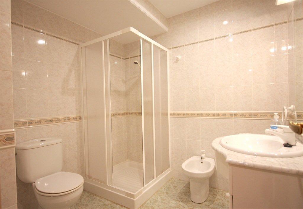 A36 Wohnung in erster Strandlinie zu verkaufen in Denia, Spanien - Objektbild 11