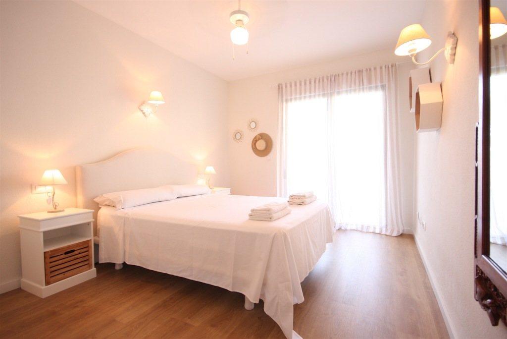 A36 Wohnung in erster Strandlinie zu verkaufen in Denia, Spanien - Objektbild 7