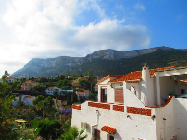 V13 Villa for sale in Denia with sea views, Spain - Photo