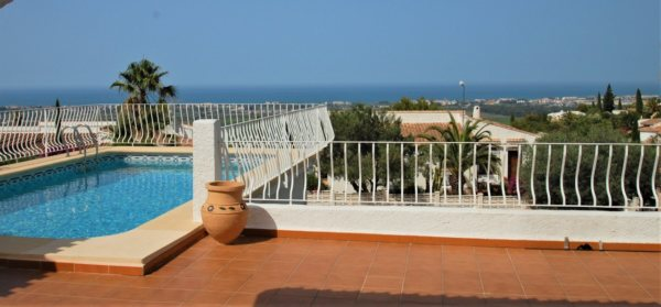 X-3169 Villa in Pego with 3 Bedrooms - Photo