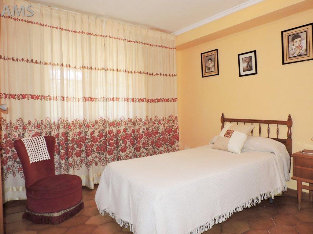 X-CC2019 Parcela en Pedreguer con 6 Dormitorios - Foto Propiedad 21