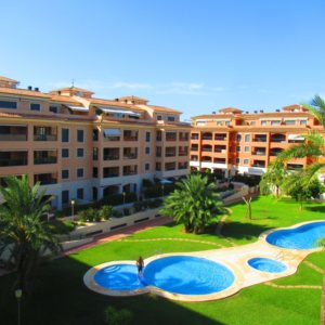 A9 Apartment for sale in Denia with 2 bedrooms close to the beach and town center