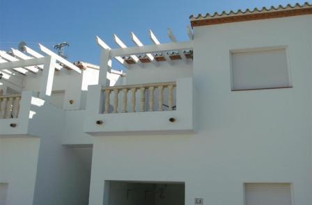 B5 Casa Adosada en venta en Pedreguer con vistas al mar y piscina comunitaria. - Foto Propiedad 17