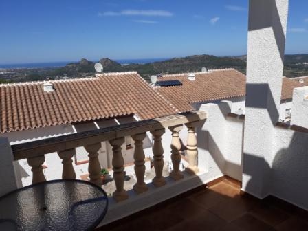 B5 Casa Adosada en venta en Pedreguer con vistas al mar y piscina comunitaria. - Foto Propiedad 4