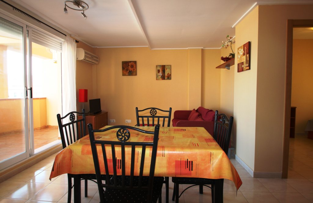 X-8895 Apartment in DéNia with 2 Bedrooms - Property Photo 6