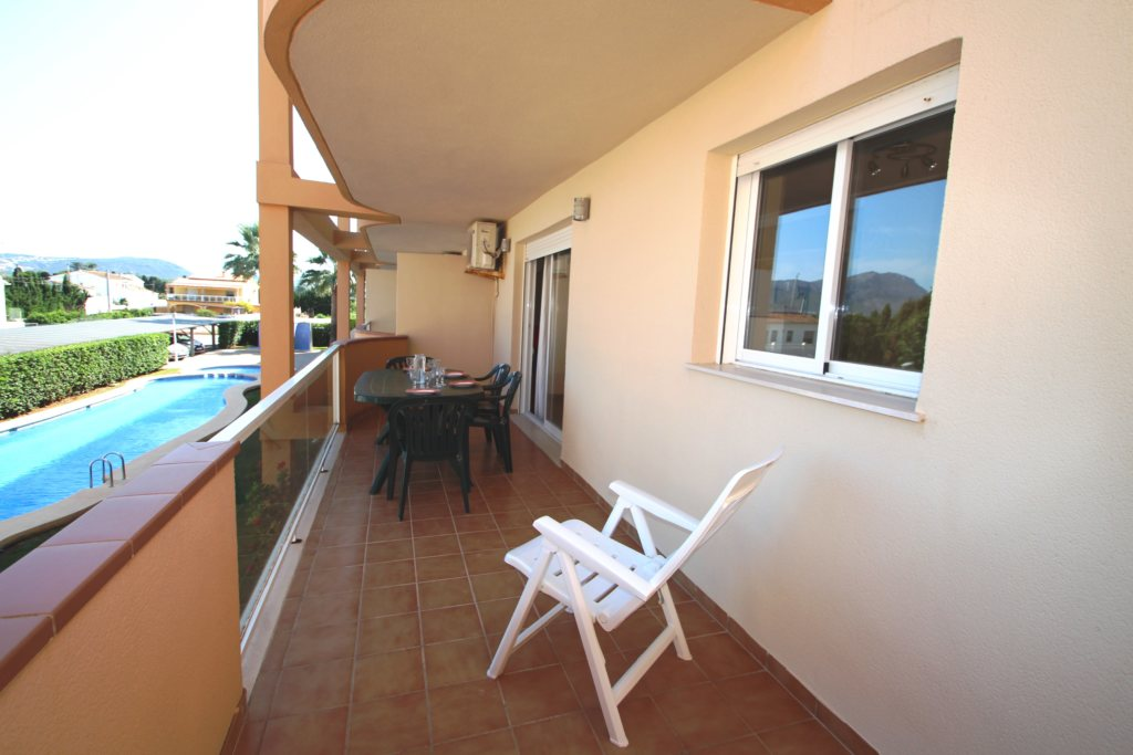 X-8895 Apartment in DéNia with 2 Bedrooms - Property Photo 16