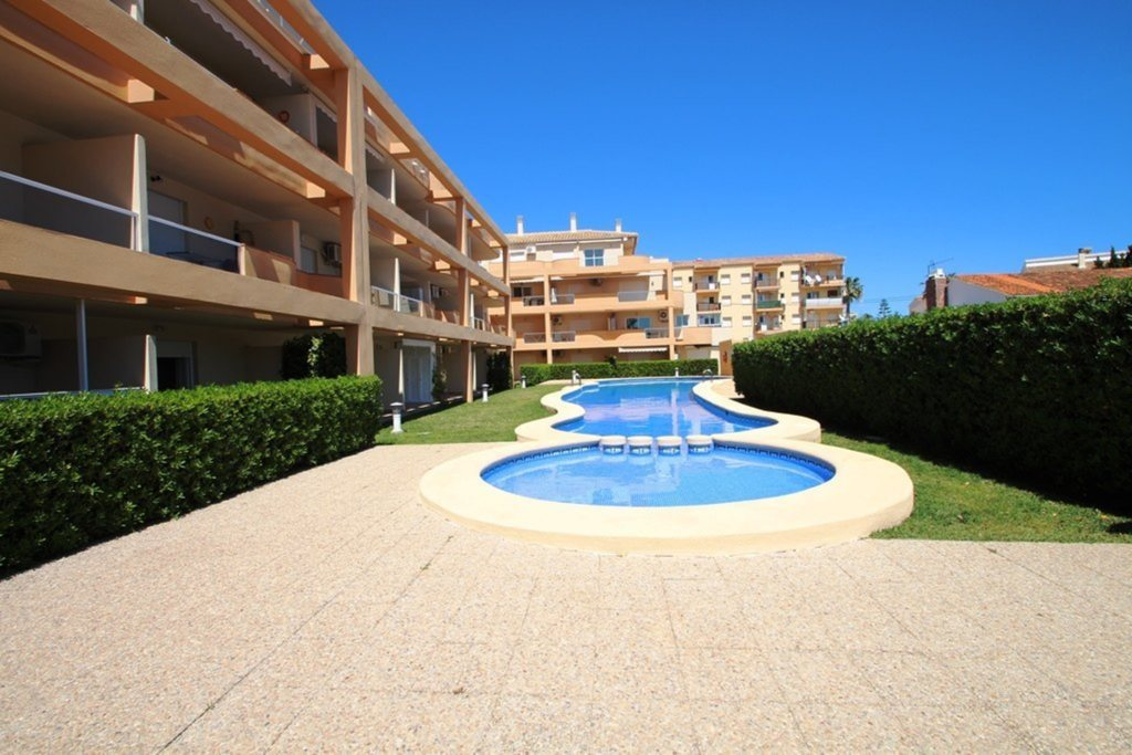 X-8895 Apartment in DéNia with 2 Bedrooms - Property Photo 17