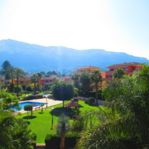 A33 Apartment for sale in Denia with mountain views and communal pool