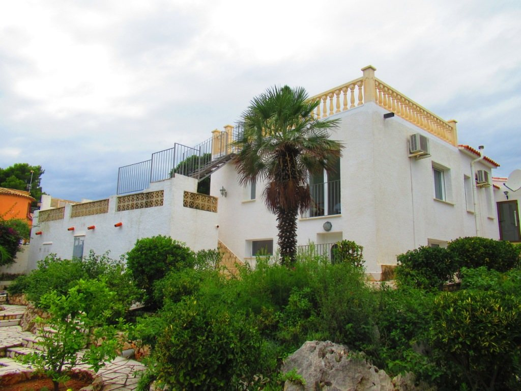 VP72 Villa for sale in Denia with sea and mountain views, Spain - Property Photo 12