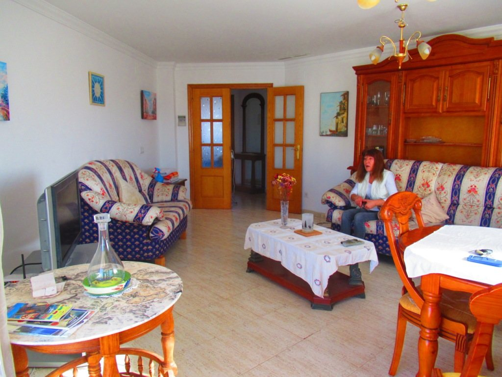 P16 Town flat for sale in Denia Port area with 3 bedrooms and mountain views - Property Photo 12