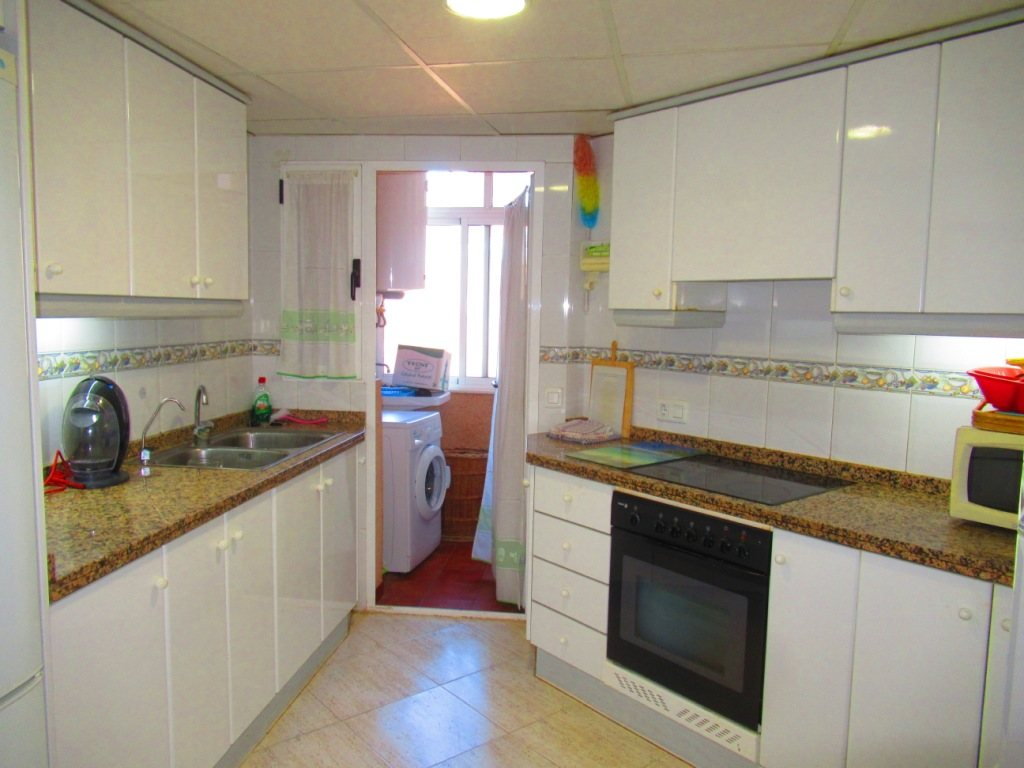 P16 Town flat for sale in Denia Port area with 3 bedrooms and mountain views - Property Photo 5