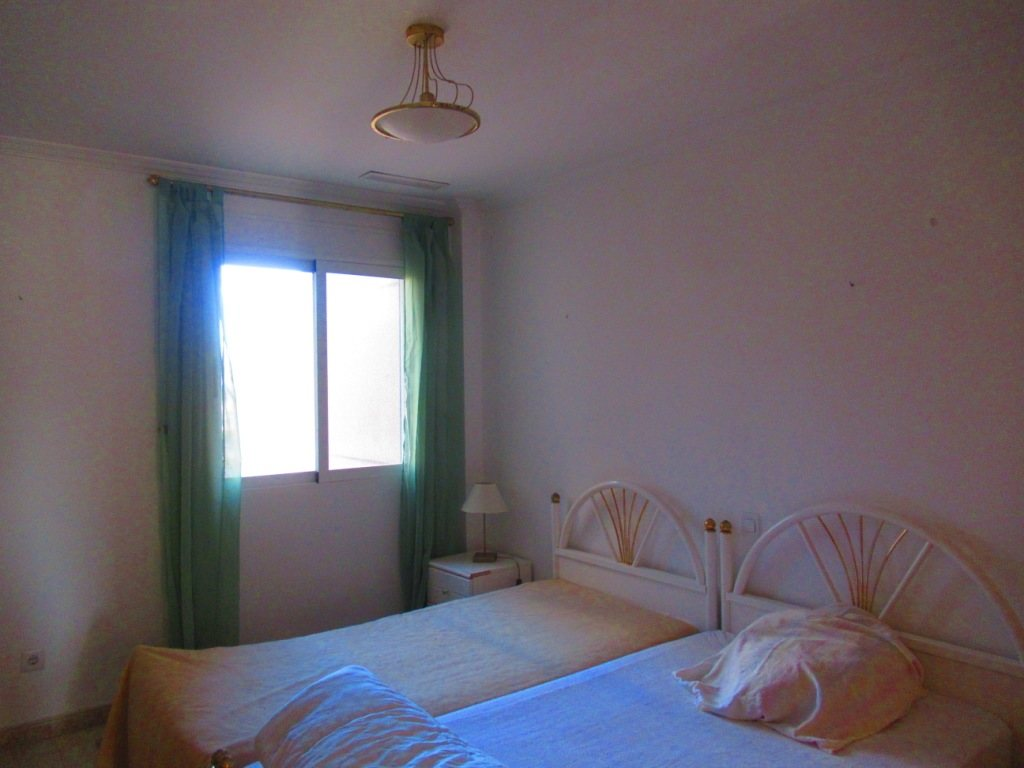 P16 Town flat for sale in Denia Port area with 3 bedrooms and mountain views - Property Photo 7