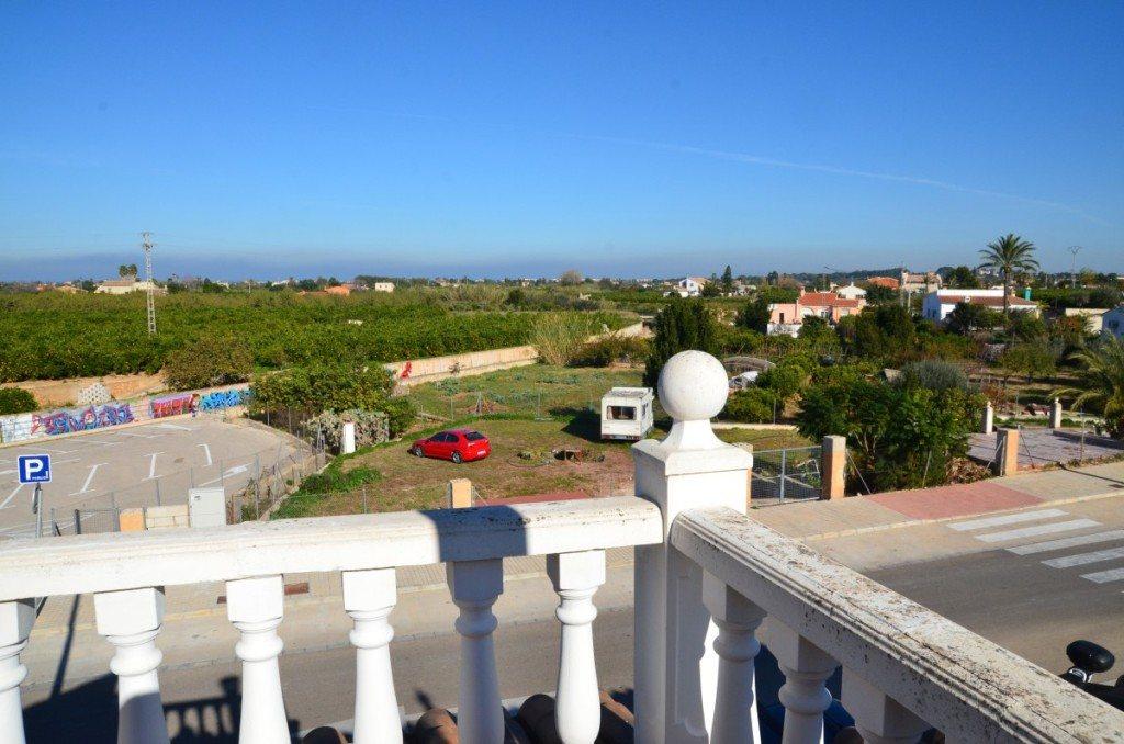 V16 Villa zum Verkauf mit Gästezimmern in Denia, Ondara, Alicante, Spanien. - Objektbild 12