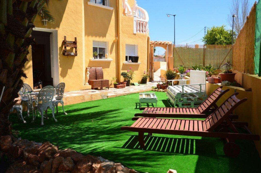 V16 Villa zum Verkauf mit Gästezimmern in Denia, Ondara, Alicante, Spanien. - Objektbild 3