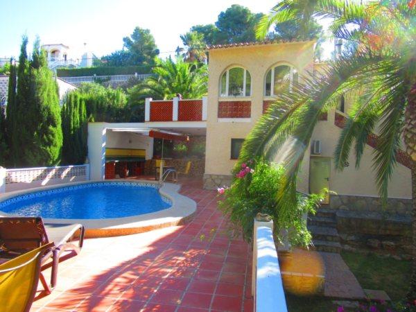 VP75 Maison à vendre à Denia avec piscine et hébergement - Photo