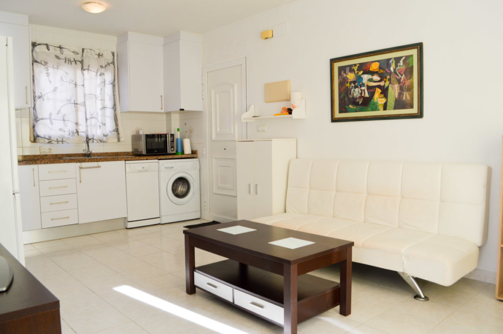 X-AP-D-0021 Apartment in DéNia with 2 Bedrooms - Property Photo 17