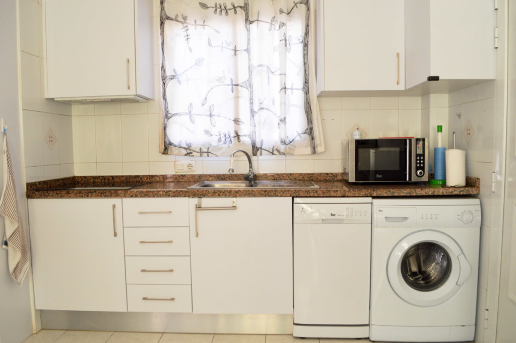 X-AP-D-0021 Apartment in DéNia with 2 Bedrooms - Property Photo 15