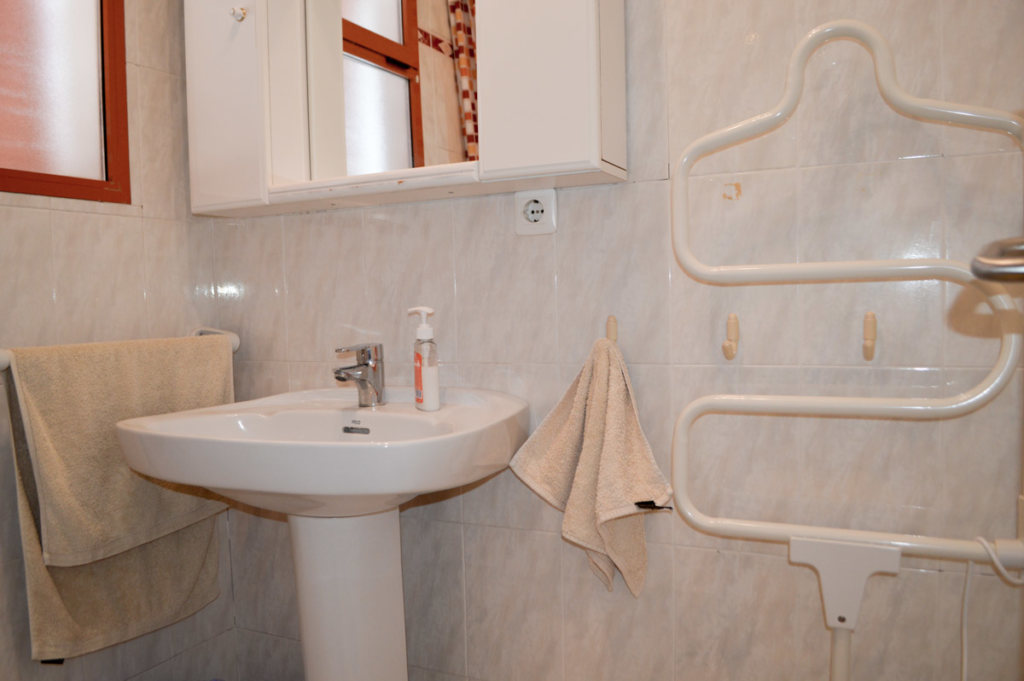 X-AP-D-0021 Apartment in DéNia with 2 Bedrooms - Property Photo 21