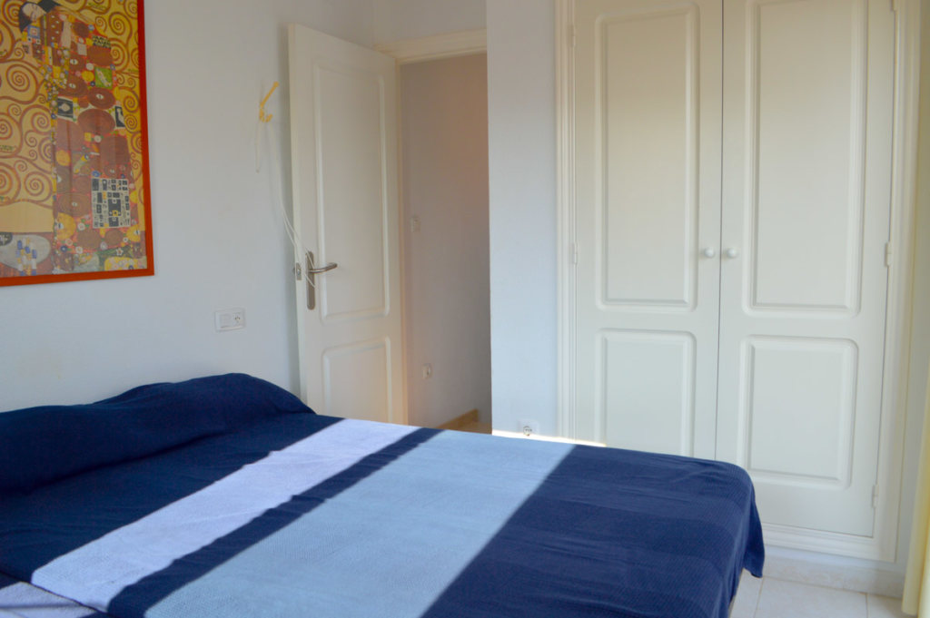 X-AP-D-0021 Apartment in DéNia with 2 Bedrooms - Property Photo 11